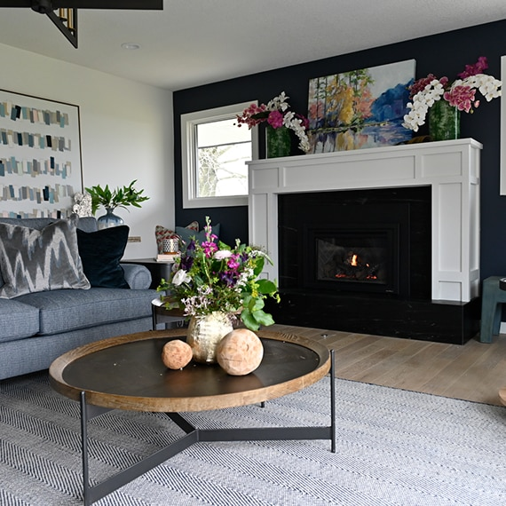 DAL_BargainMansions_E307_Soapstone_S601_fireplace_11web