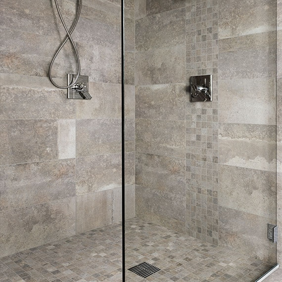 Modern standing shower with mosaic shower pan